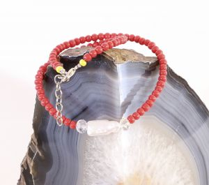 Necklace with Baroque Pearl and Beads Coral Color
