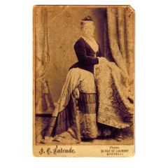 Antique Cabinet Photo Card Aristocratic Women