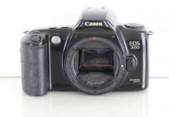 Canon EOS 500 35mm Film Camera Body Only