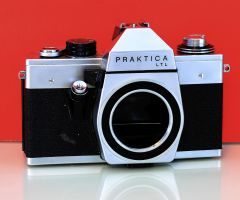 German SLR Film Camera Body Pentacon Praktica